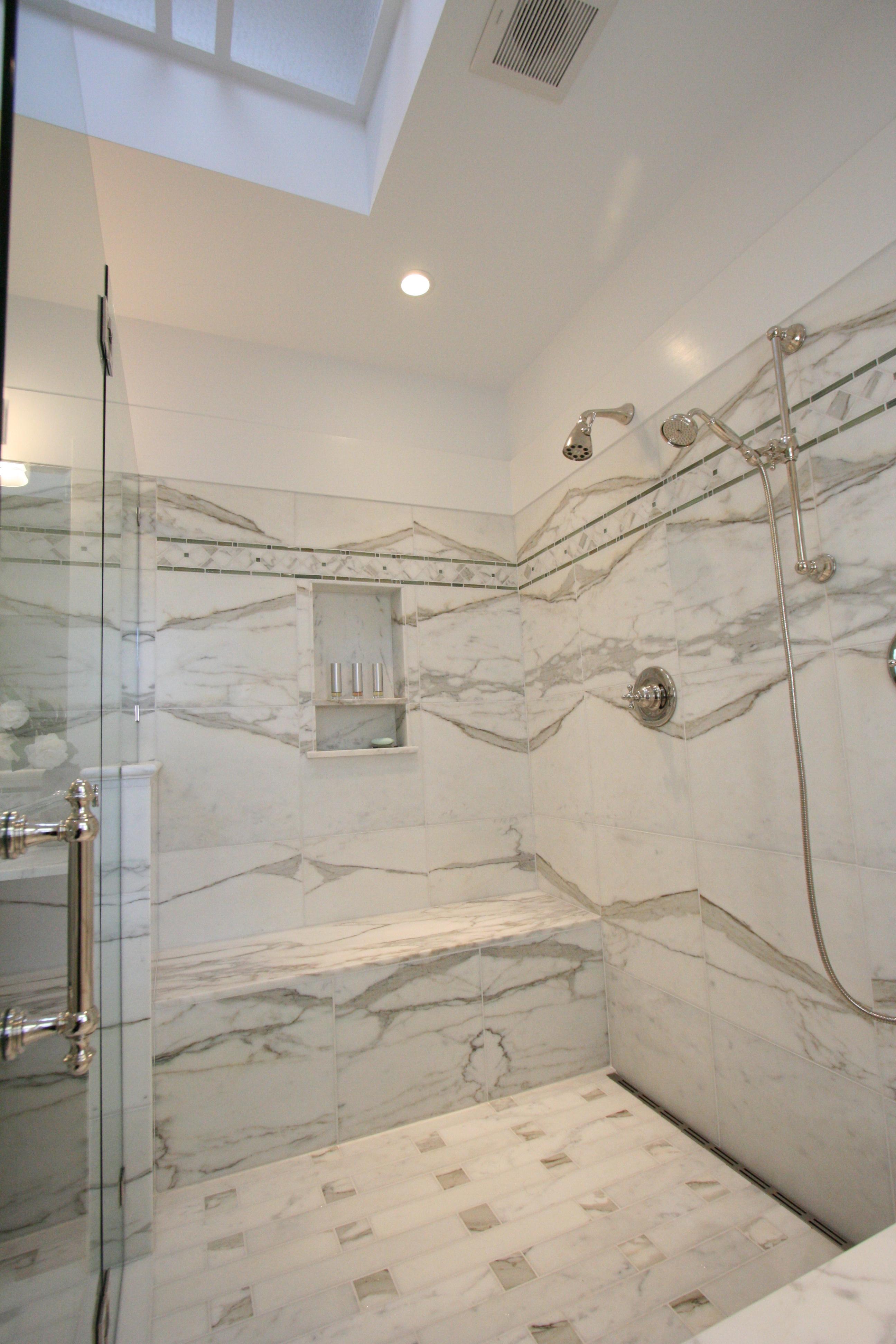 This old house s bath living x design - Douche avec niche ...
