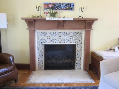 Kelly fireplace 4429